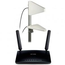 Router MR6400 4G LTE con antenas MiMo y cables
